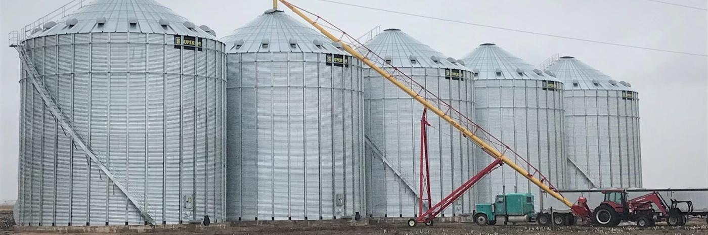 Grain Bins   Wall Farm Equipment   Colony, OK   Locally